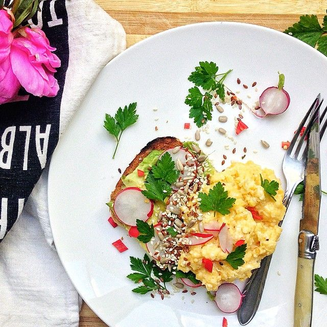 Slow Cooked Scrambled Eggs