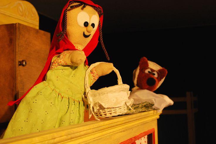 Títeres. Programa de Navidad. Tropos Títeres (Madrid). Caperucita Roja. Diciembre 2010