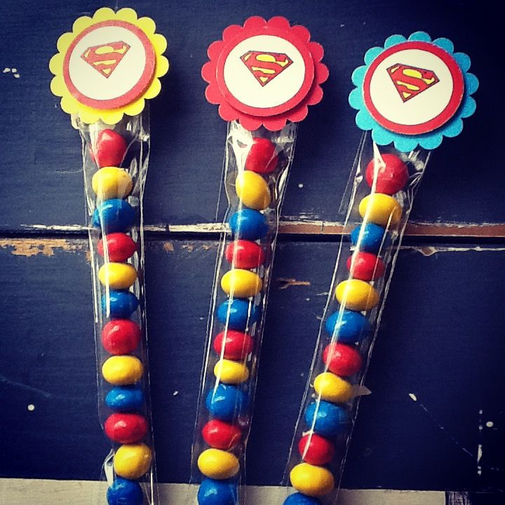 M&M lolly tube toppers - superman party