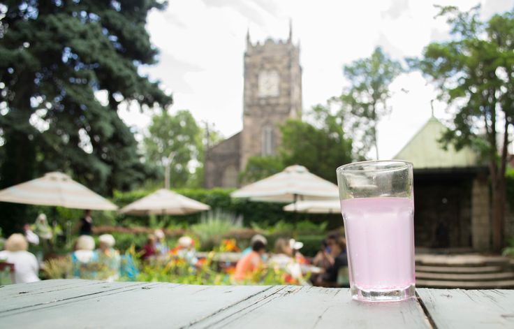 Drinking Pink Lemonade at The Whitehern Gardens #HamOnt