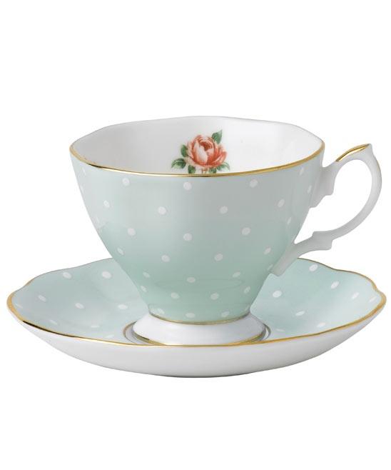 les 54 meilleures images du tableau jolie vaisselle sur pinterest le th vaisselle et heure. Black Bedroom Furniture Sets. Home Design Ideas