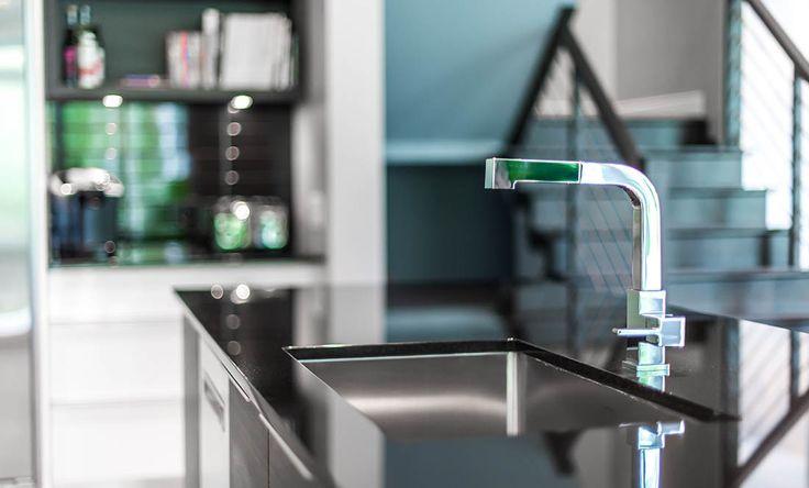SPACIA a réalisé l'aménagement complet de la nouvelle construction résidentielle d'une jeune famille avec un style moderne tout en simplicité.