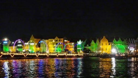 Sonhos Vividos: Curaçao - Willemstad by Night