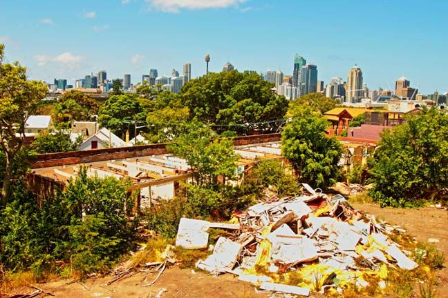 Abandoned hotel in Glebe. City view!