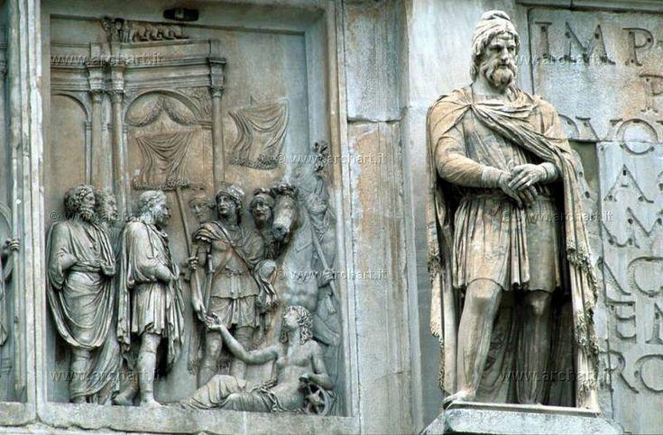 statui ale dacilor  in Roma, Florenta, Venetia si Paris