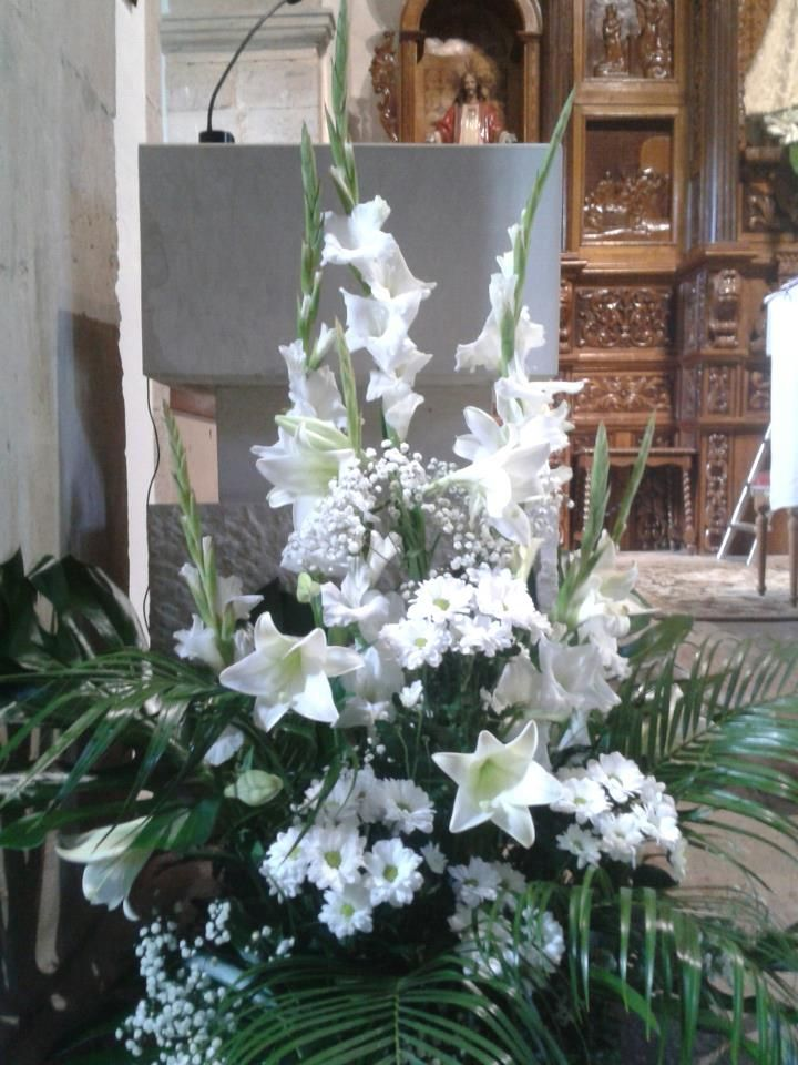 77 best images about en la iglesia on pinterest murcia - Arreglos con globos para boda ...