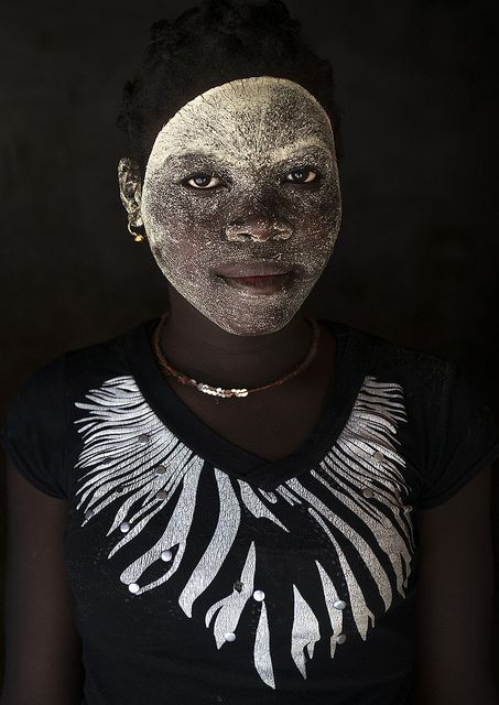 Face mask, woman in Mozambique