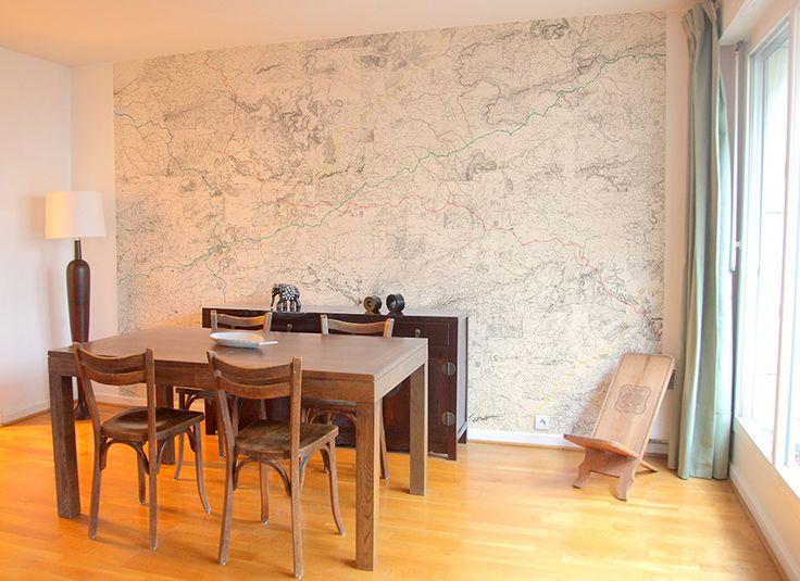 Minimalist dining room, Chantemur. http://www.facebook.com/kenisa.home