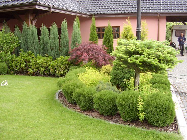 Garden-design.  Ogród przy  domu jednorodzinnym