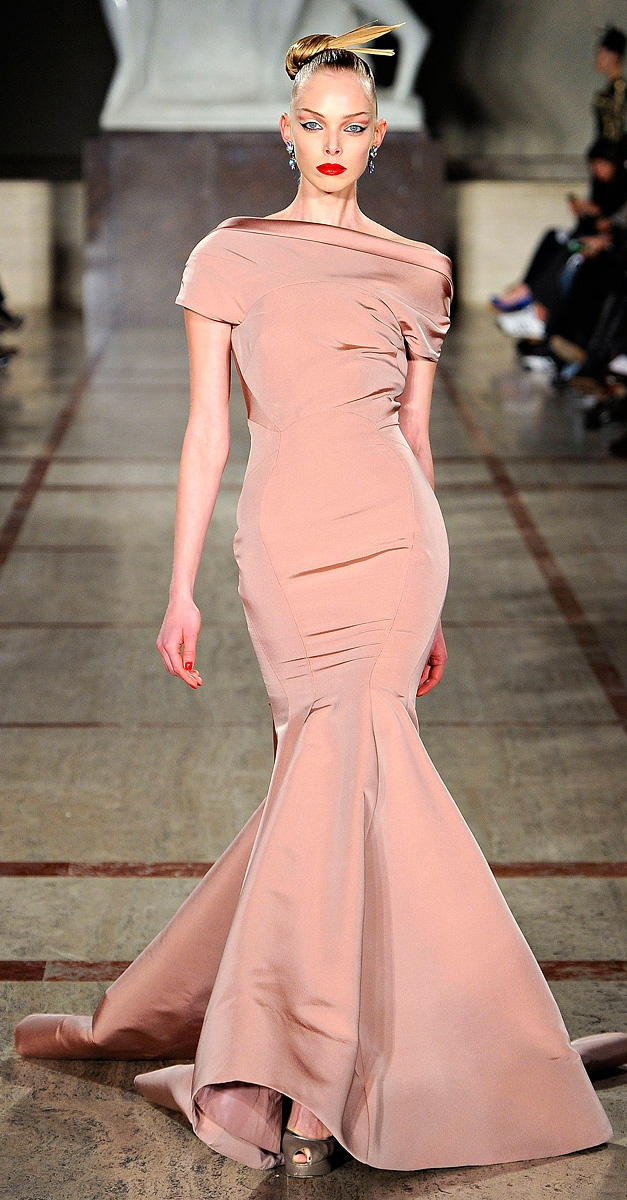 ✪ Zac Posen RTW Fall 2012 ✪ MORE ON DRESSES http://www.vogue.com/collections/fall-2012-rtw/zac-posen/review/#/collection/runway/fall-2012-rtw/zac-posen/