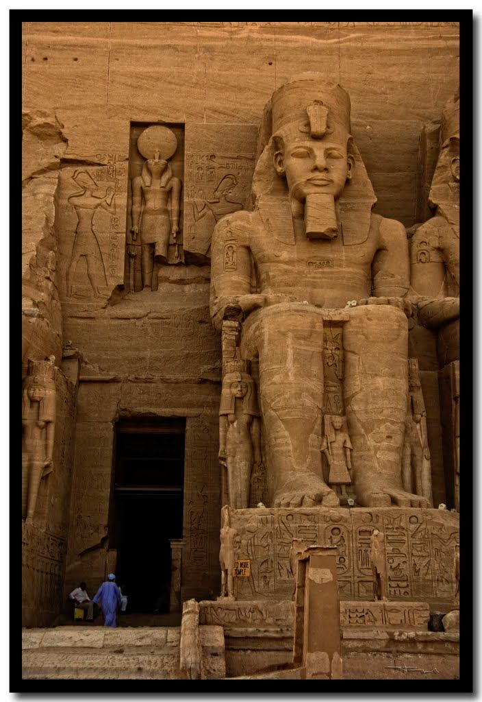 human history and egypt Egyptian art and architecture: egyptian art and architecture, the architectural monuments, sculptures, paintings, and decorative crafts of ancient egypt.