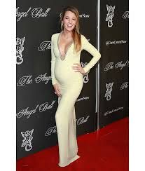 Blake Lively - Pregnancy Style
