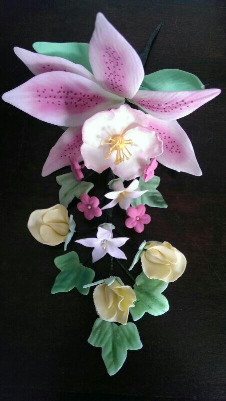 Mijn eigen eerste bloemstuk van gumpaste