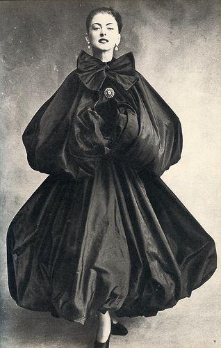 Balenciaga,VOGUE, september 1950.