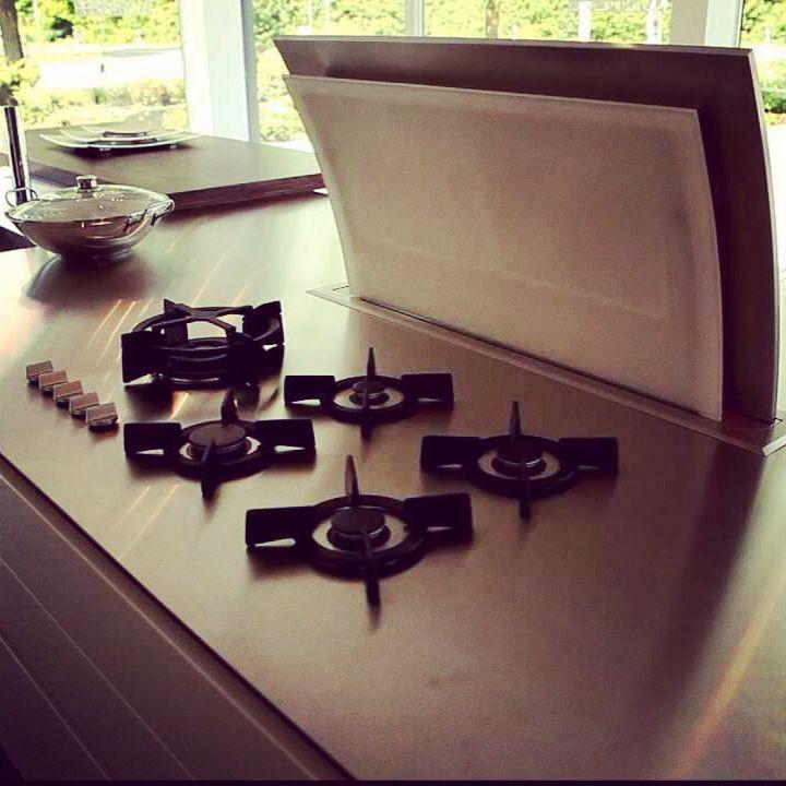 Kitchen downdraft #gutmann #Okap #blatowy #kuchnia #design
