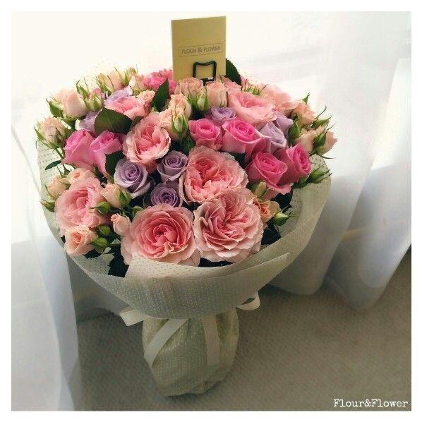 Roses, spray roses and garden roses. Bouquet by Flour&Flower, West Riffa, Bahrain. Instagram @mylittleflowershop