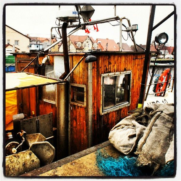 Port w Łebie, port rybacki, kutry rybackie w porcie, Morze Bałtyckie, Photo by http://marynistyka.pl