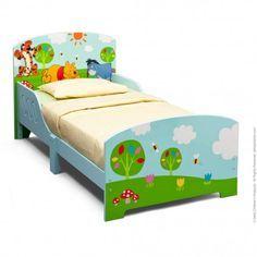 La cama Winnie®.Para colchón de 70 x 140, lleva el somier y 2 paneles de protección lateral para evitar posibles caidas.Ideal para realizar el cambio de la cuna