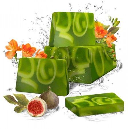 Füge és frézia szappan - Kézzel készített, elegáns megjelenésű glicerines szappan. Egy igazi fantázia, az egzotikus és lédús füge, valamint a virágzó frézia varázslatos illatával. A bőséges és krémes hab gyengéden kényeszteti érzékeidet., ©Refantázia