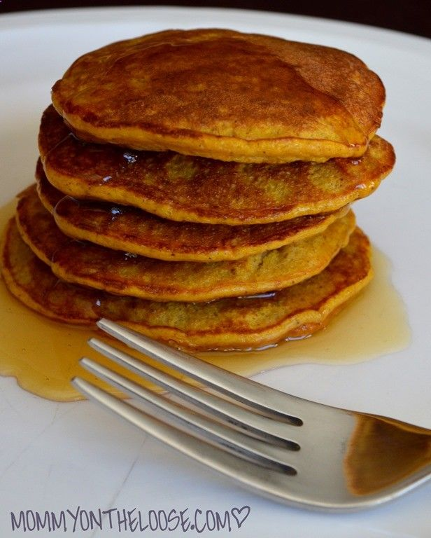 THIS PIC IS A LIE! Recipe turns out CRAPCAKES... Not PANCAKES. BOOOOO