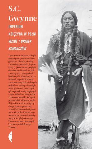 Przekład z języka angielskiego Bartosz HlebowiczChoć w kulturze popularnej większą sławę zdobyli Apacze, Siuksowie czy Szejeni, to Komancze, znakomici jeźdźcy i genialni wojownicy, stworzyli najpotężniejsze indiańskie imperium w Ameryce Północnej, powstrzymali hiszpański napór z Meksyku i francuską ekspansję z Luizjany. Przez kilkadziesiąt lat prowadzili wojnę z białymi Amerykanami, opierając się ich kolonizacji. Historia zapamiętała Komanczów przede wszystkim jako okrutnych najeźdźców i…