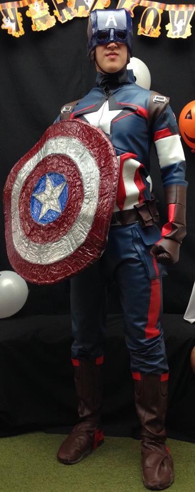 Captain America Avengers 2 Age of Ultron suit