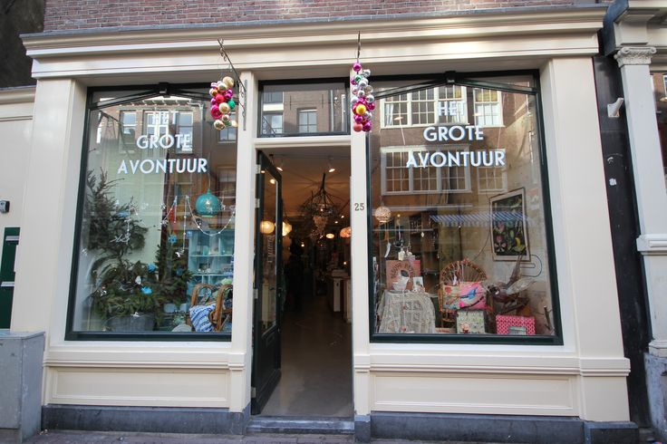 *HET GROTE AVONTUUR 'Het Grote Avontuur' wants to surprise and amaze. The products They sell come are hip and old-fashioned, vintage and new. www.hetgroteavontuur.nl. Haarlemmerstraat 25