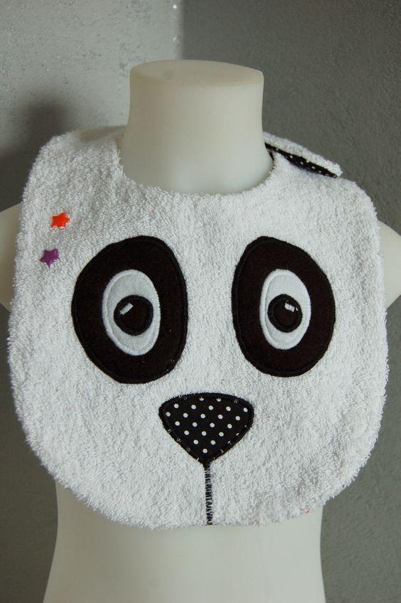 Bavoir panda fantaisie noir blanc étoiles orange/violet: