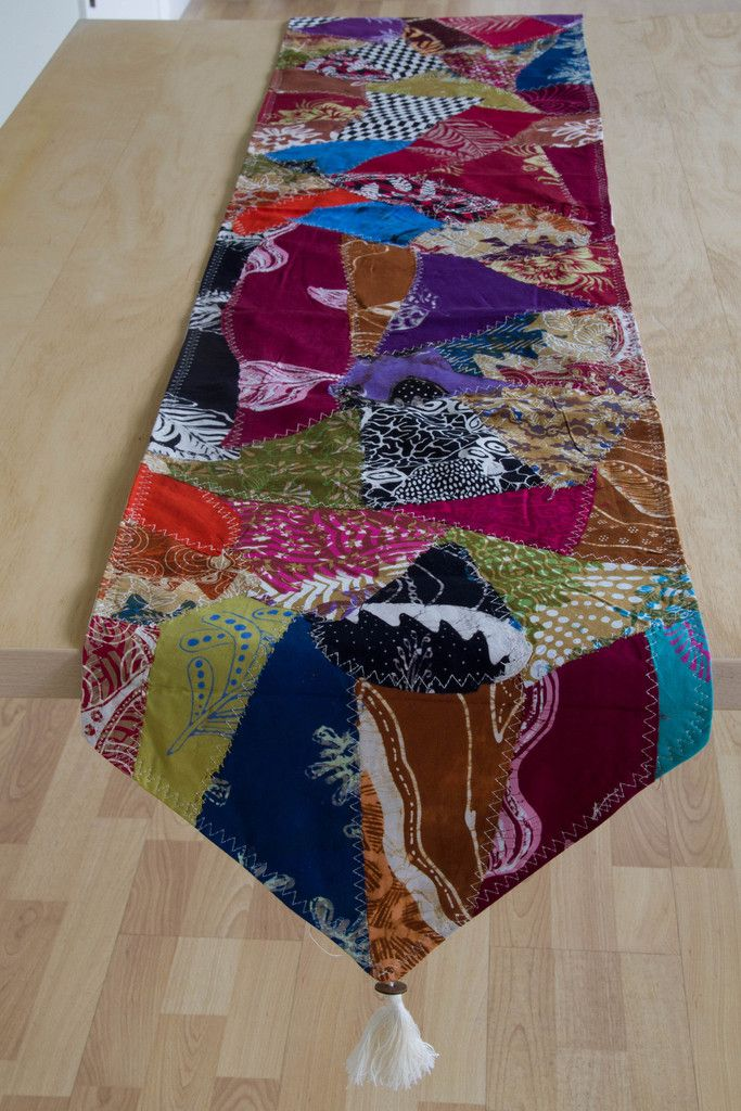 Ginza Table Runner
