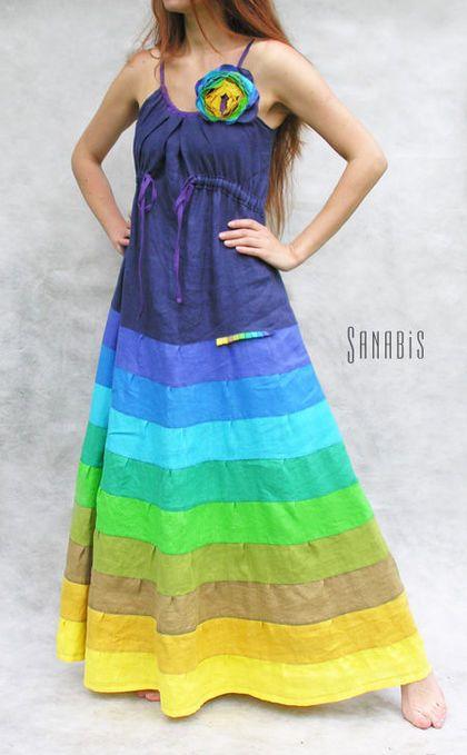 Платье цвета индиго. Платье из натурального льна. Спокойная сине-зеленая цветовая гамма юбки + дополнительные горчично-желтые оттенки. Силуэт платья визуально стройнит фигуру.    Цветок можно заказать отдельно - 1100…
