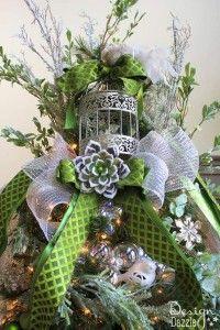 Best 25+ Jeweled christmas trees ideas on Pinterest | Jewelry ...