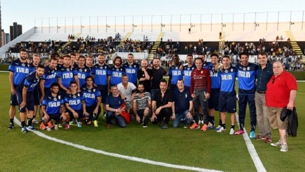 Mondiali di Calcio Brasile 2014 e Twitter: i tweet più divertenti dell'hashtag #italiauruguay