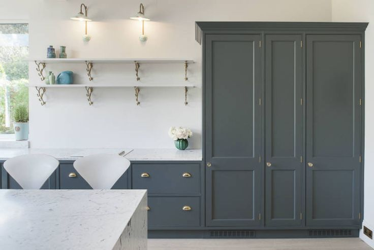Woodwork Kitchens of Southborough hand painted in Farrow & Ball DownPipe