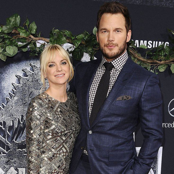 Chris Pratt and Anna Faris Have a Hilarious Twitter Exchange About Their Son