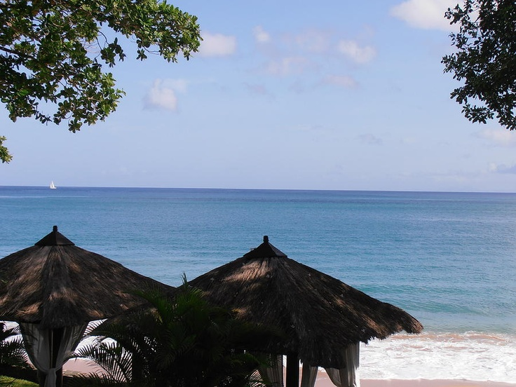 The beautiful ocean view in St. Lucia | Find Picture Perfect Sun | View Deals To St. Lucia!