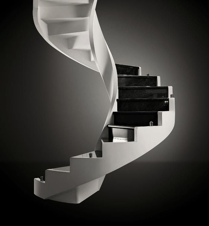 Fin dalla sua fondazione nel 1973, Edilco ha posto come proprio obiettivo il dare ai propri clienti la massima soddisfazione in termini sia di design sia di qualità dei materiali.