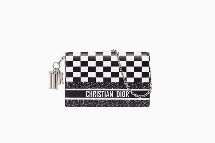 undefined Cliquez ici pour agrandir l'image du produit Pochette Wallet on Chain Lady Dior en veau imprimé noir et blanc