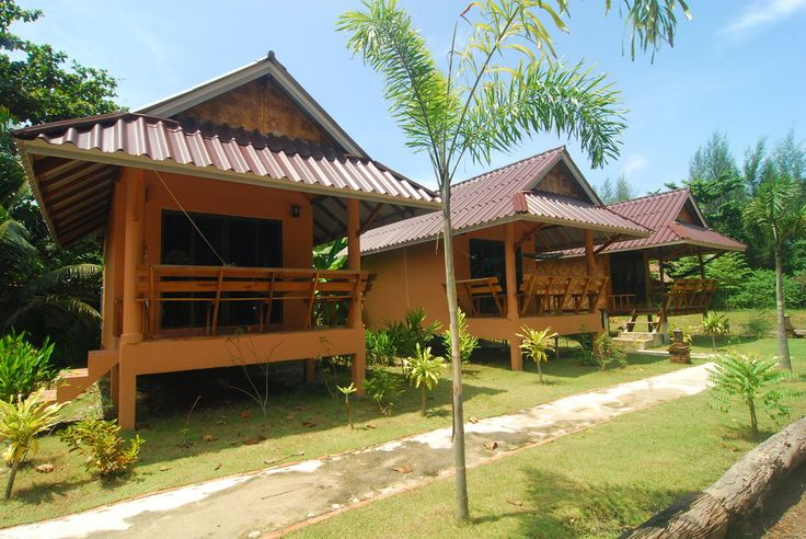 Book Lanta Pearl Beach Resort, Ko Lanta on TripAdvisor: See 235 traveler reviews, 339 candid photos, and great deals for Lanta Pearl Beach Resort, ranked #13 of 84 hotels in Ko Lanta and rated 4.5 of 5 at TripAdvisor.