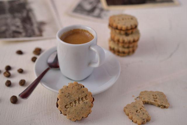 kávéadag omlós kekszben