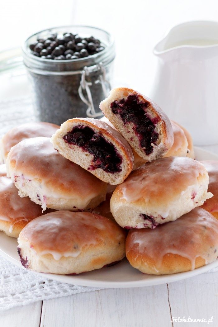 The best recipe for bilberry Buns - tasty and full of bilberries.