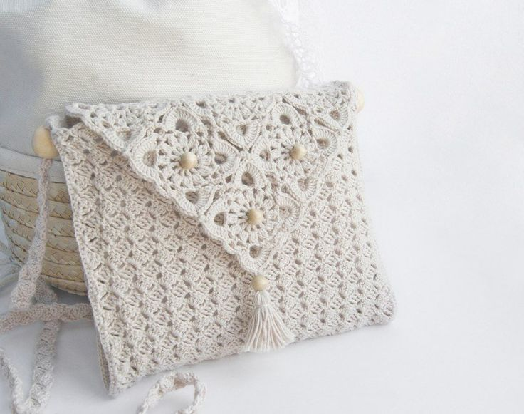 Схема вязания нежной сумочки