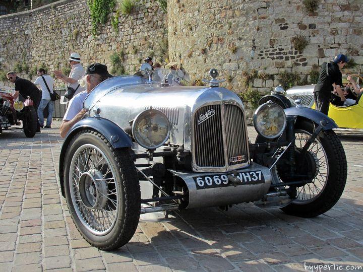 Sanford Threewheeler Le Mans Fahrer Parade 2014