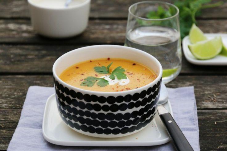 Spicy gulrotsuppe med røde linser. Trines matblogg.