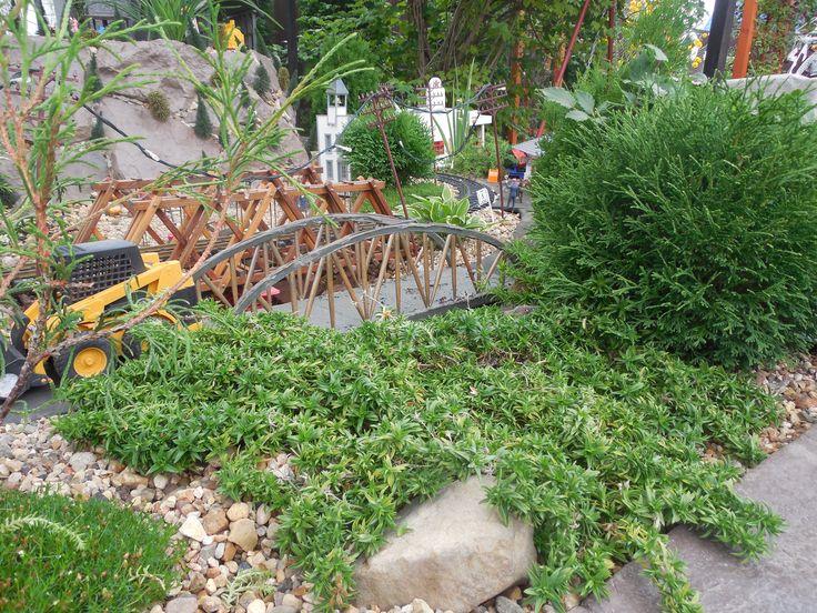 Bridge made fron wood and sushi sticks. Ruza Oberland
