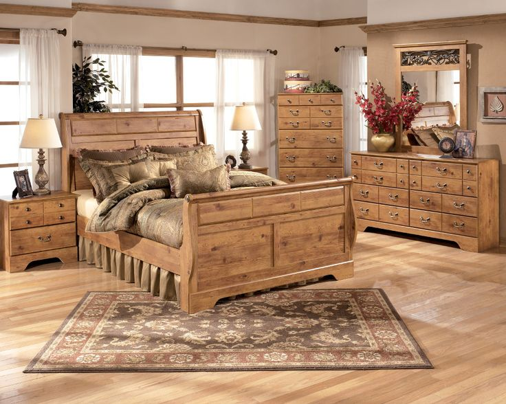 Best 25  Oak bedroom furniture sets ideas on Pinterest Master inspiration Farmhouse and Rustic panel beds