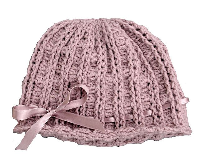This gorgeous textured hat is perfect for all ages - baby to adult.