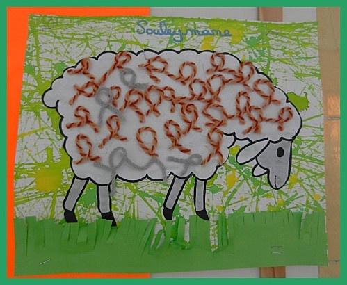 mouton avec boucles en laine