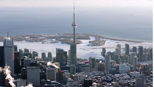 Bird eye view of Toronto Islands in winter, covered in snow.