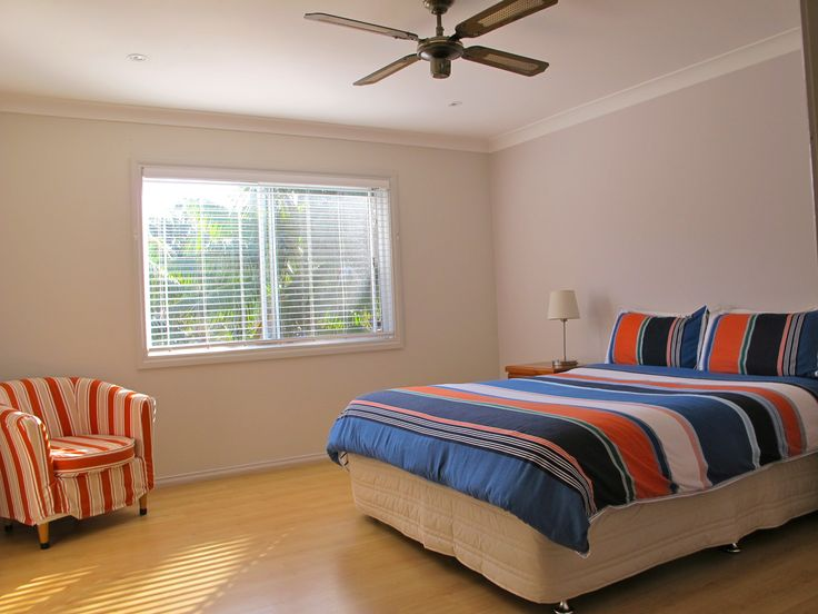 One-Bedroom Apartment bedroom