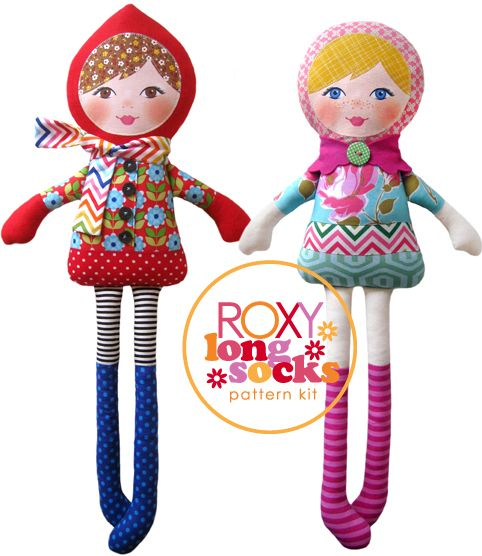 Roxy Longsocks by The Red thread. This is a nice, simple idea for cloth dolls. I'd love to make these for my daughters.